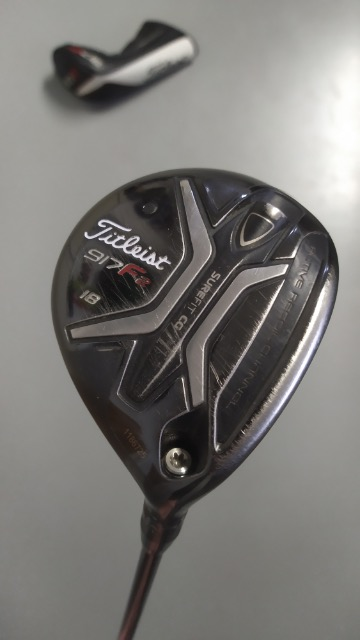 Titleist 917F2 no.5/18* fairwaywood, rechts/regular *prima staat